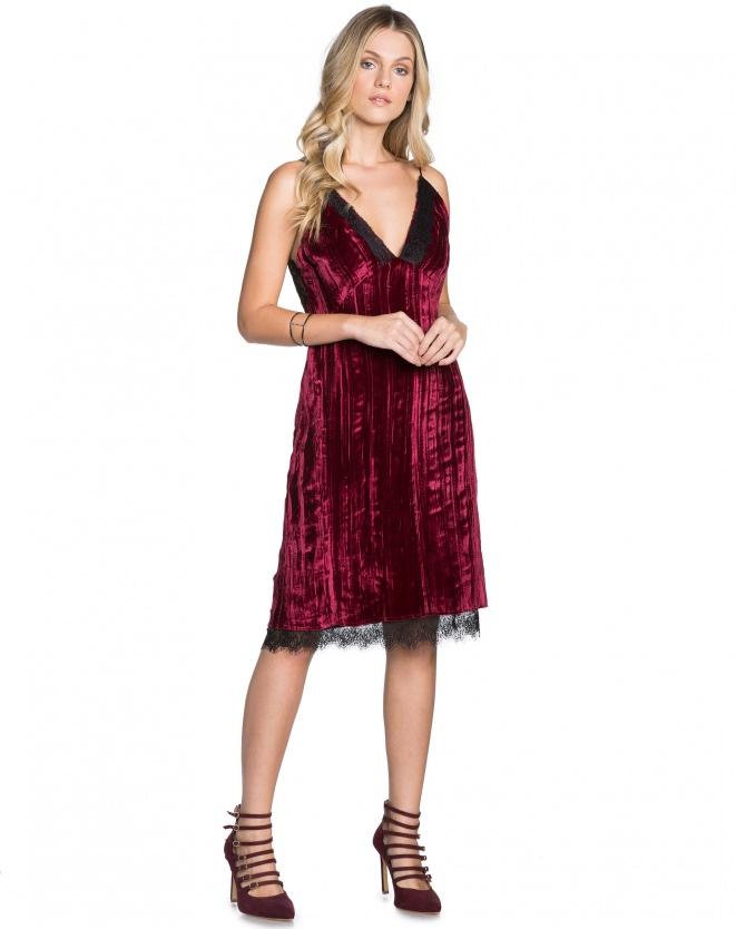 Vestido de Veludo Vinho