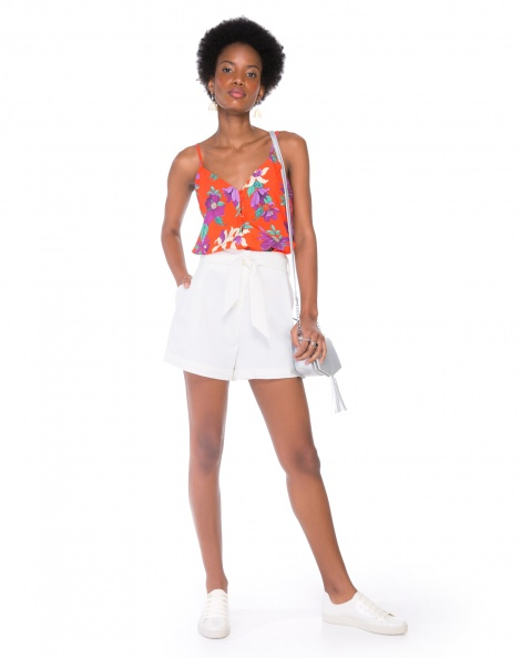Amaro Feminino Shorts Alfaiataria Com Cinto, Branco