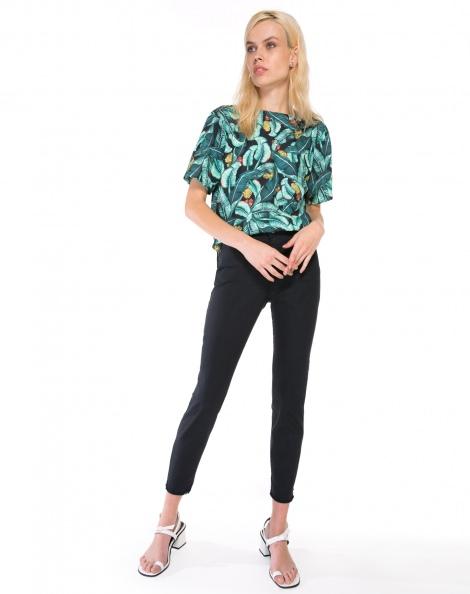 Amaro Feminino Calça Jeans Skinny Barra A Fio, Preto