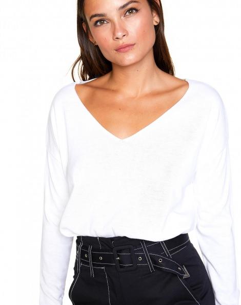 Amaro Feminino Suéter Leve Decote V, Branco